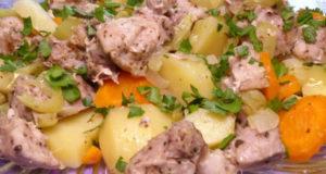 Свинина с овощами на пару