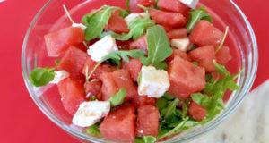 Арбузный салат с рукколой и фетой
