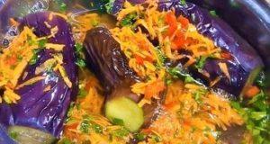 Квашеные баклажаны с морковью и сладким перцем