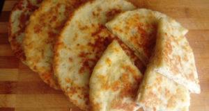 Сырно-творожные лепёшки
