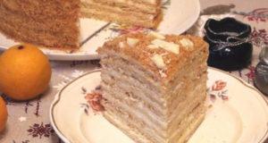 Слоеный творожный торт