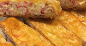 Пирог с крабовыми палочками и сыром