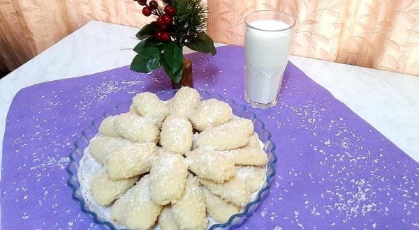 Кокосовое печенье с кокосовым штрейзелем