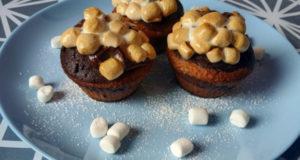 Шоколадно-кокосовые капкейки с маршмеллоу