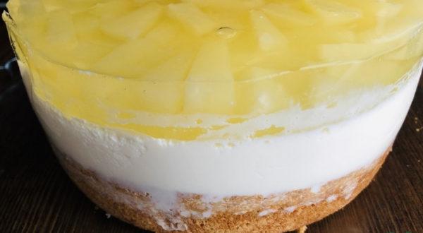 Муссовый торт Ананас
