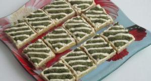Песочные пирожные с кремом из шпината