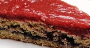 Диетический овсяный торт с ягодным джемом