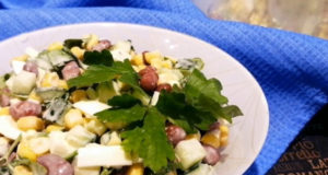Салат с красной фасолью и кукурузой
