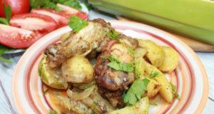 Куриные крылья с овощами