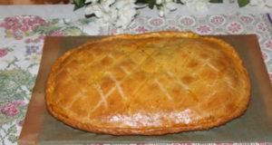 Песочный пирог с фаршем и картофелем
