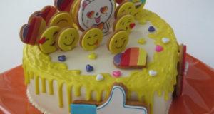 Украшение детского торта Лайки. ру