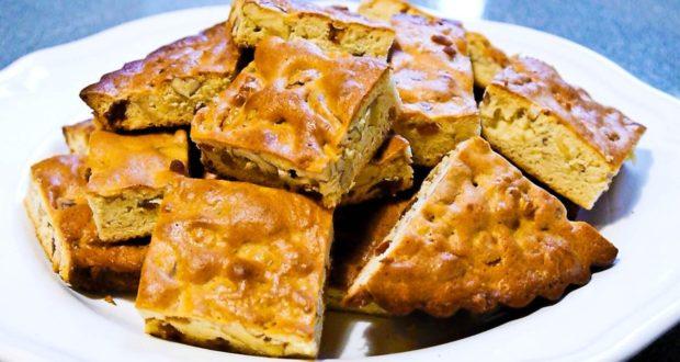 Пирог из сахарного теста с орехами