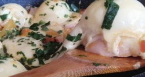 Завтрак чемпиона с овощами яйцами и ветчиной