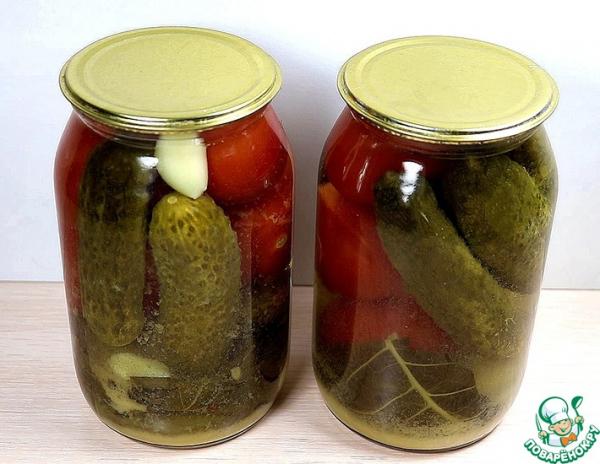 Ассорти из помидоров и огурцов с горчицей на зиму