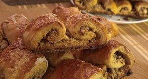 Слоеное печенье ушки с грецким орехом