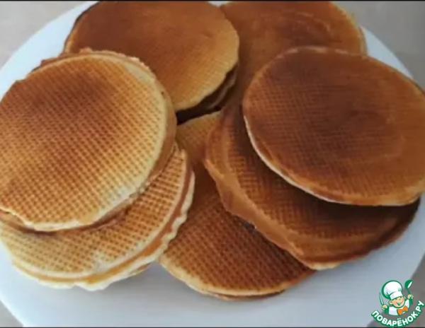 Голландские вафли с медом или варенной сгущенкой