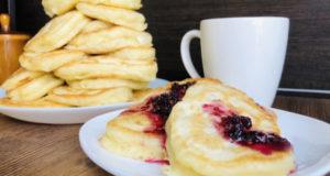 Пирожки оладьи с грушами