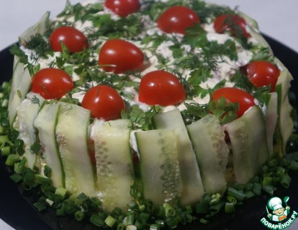 Салат слоеный с печенью трески