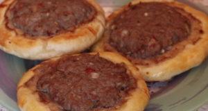 Открытые мясные пироги