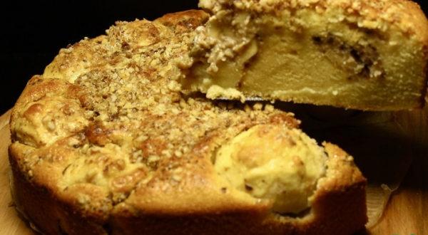 Яблочный пирог с орехово-карамельной начинкой По-новому
