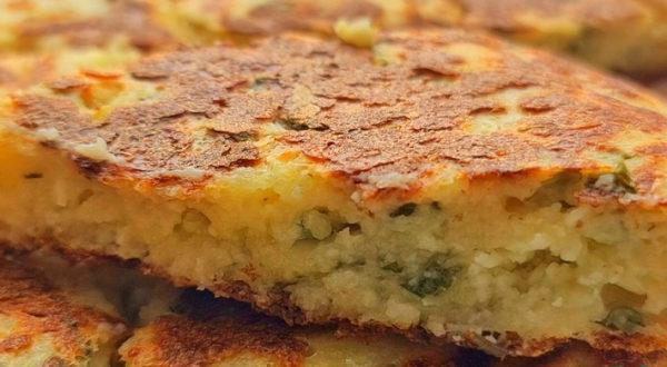 Творожно-сырная лепёшка