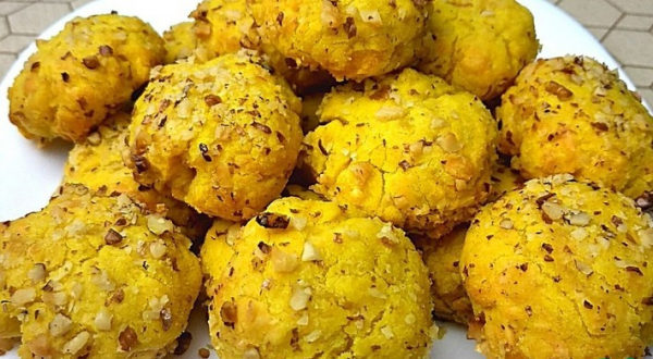 Сырное печенье с орешками