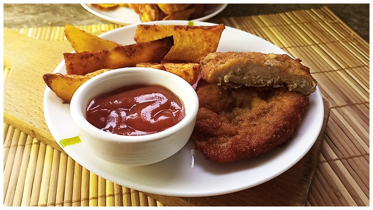 Куриный шницель и запеченная картошка