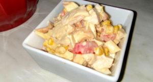 Салат с курицей и сулугуни