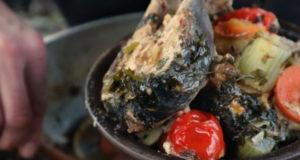 Рыба с овощами в казане