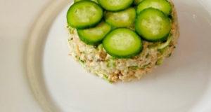 Салат с горбушей и рисом