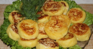 Картофельные пирожки с сыром