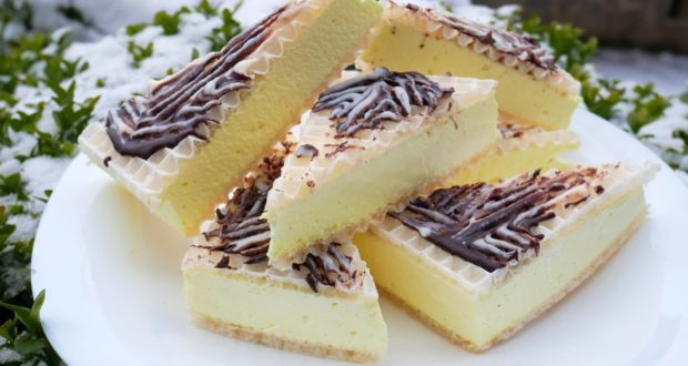 Десерт Теплое мороженое
