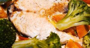 Запеченная рыба с брокколи и тыквой