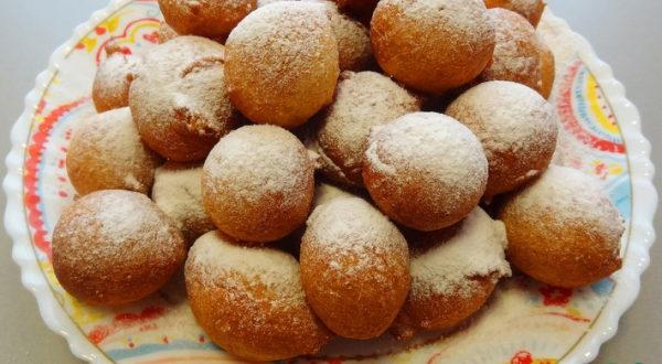 Пончики на кефире на скорую руку