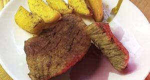 Запеченное мясо в фольге с картофелем