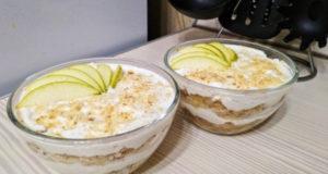 Десерт из груши с рикоттой и орехами