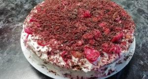 Фруктовый торт из покупных коржей без выпечки