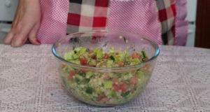 Турецкий салат с булгуром