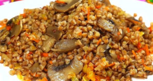 Гречка на сковороде с грибами