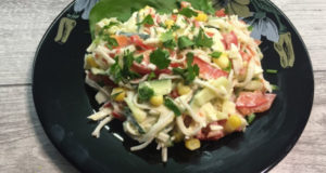 Салат с крабовыми палочками Имитация