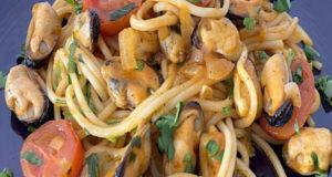 Быстрый средиземноморский ужин с мидиями