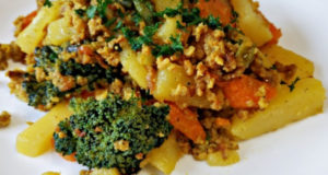 Картошка с фаршем и овощами