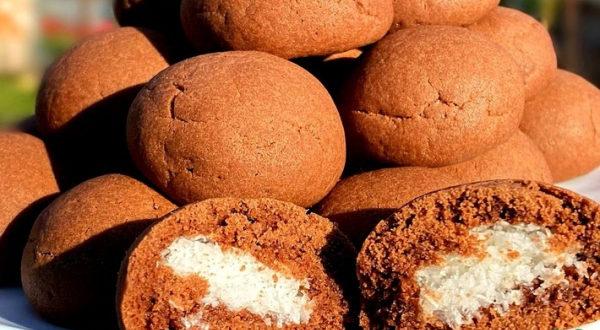 Печенье с кокосовой начинкой