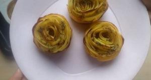 Розы из картофеля в духовке