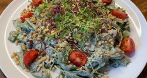 Салат с заправкой из печени трески