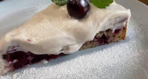 Черешневый пирог со сливочным кремом