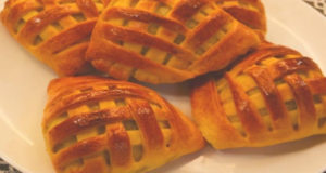 Быстрые пирожки плетёнки с печенью