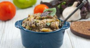 Салат из печёных баклажанов